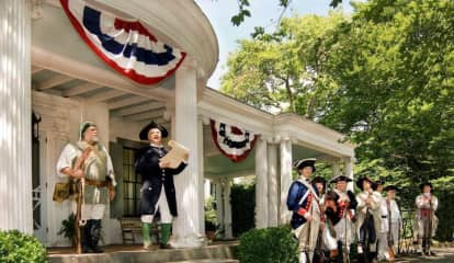 State Shutdown Cancels Independence Day Reenactment At Ringwood Manor