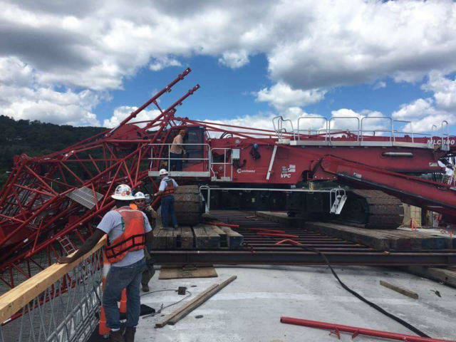 A shot of the crane that collapsed onto the Tappan Zee Bridge, snarling traffic Tuesday afternoon.