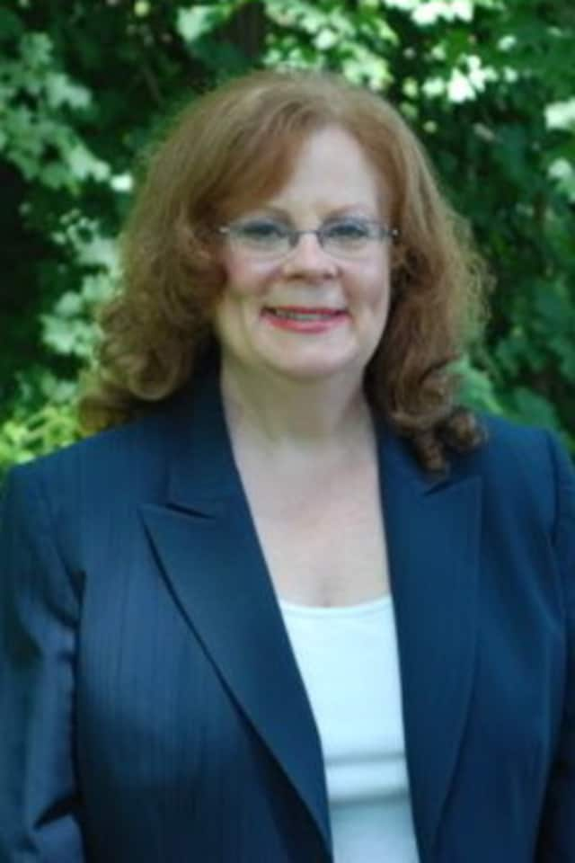 The New Castle Democratic slate, including Penny Pederewksi, will host a candidates forum on Thursday evening.